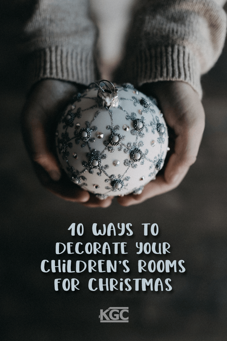 pinterest-10 Ways-to-Decorate-your-Children's-Rooms-for-Christmas
